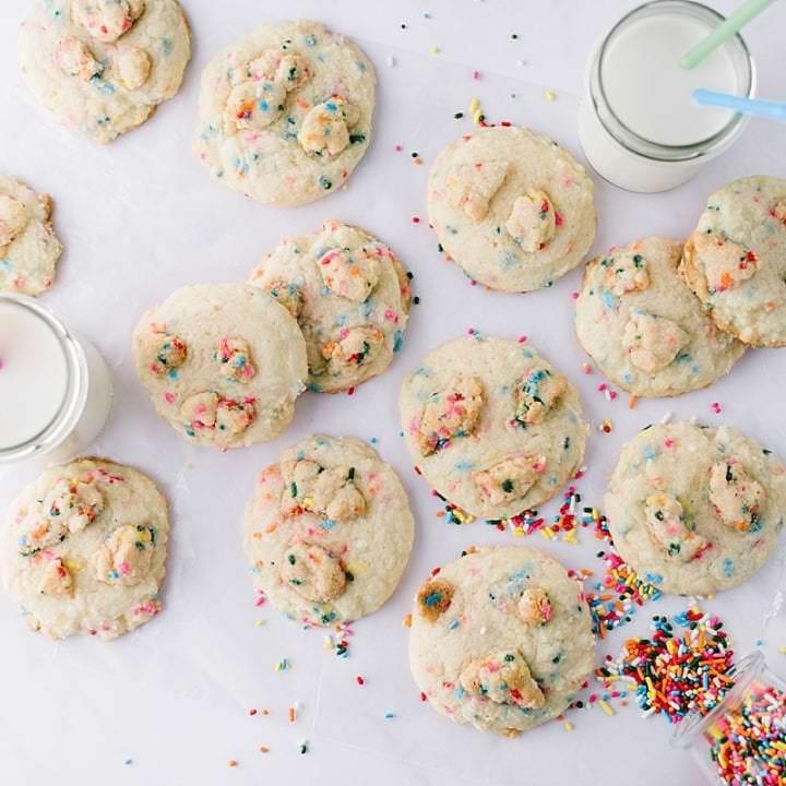 Funfetti Crumble Cookies