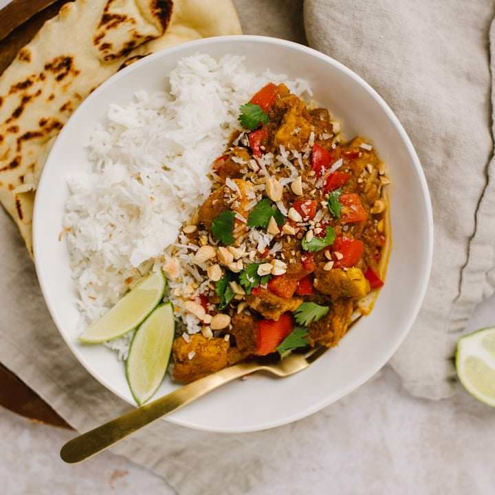 Easy Weeknight Chicken Curry